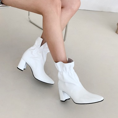 Bandy White Ankle Boots 밴디 화이트 앵클 부츠